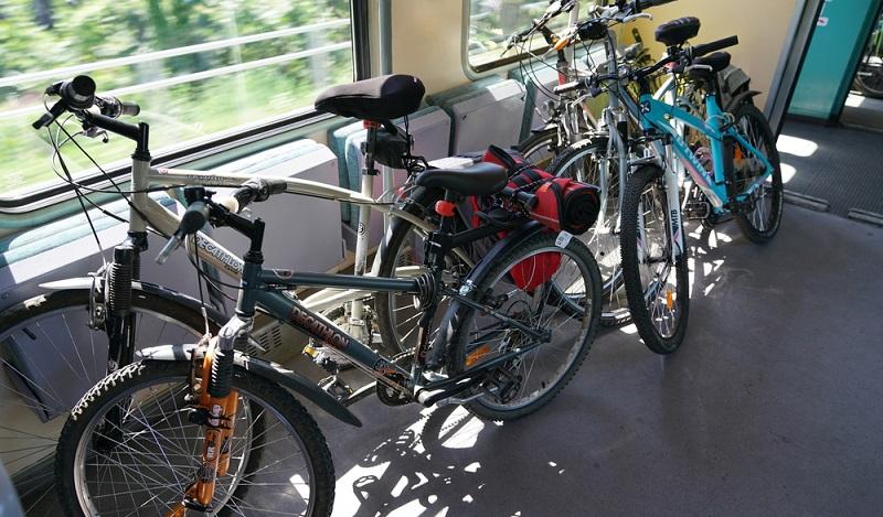 Fahrradtransport Bahn: Es ist möglich, dass kleine Gruppen eine gemeinsame Fahrradkarte buchen. (#03)