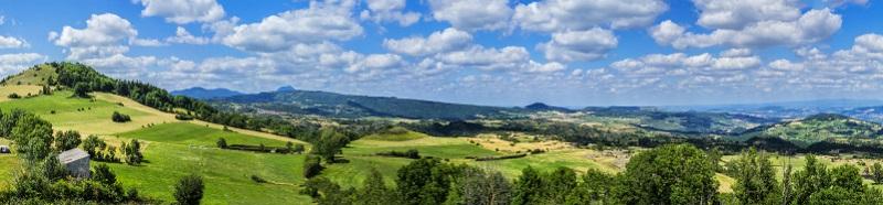 Das Amt für Tourismus der Auvergne rät davon ab, eine Tour mit dem Rad allzu frei zu gestalten. Es ist immer sinnvoller, die Strecke zumindest im Groben zu planen!