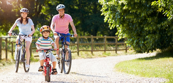 Tipps für die sichere Fahrt auf dem Rad ( Foto: Shutterstock-Monkey Business Images)